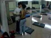 Imagen Pareja de novios cogen en el gimnasio