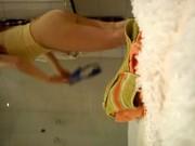 Imagen Tetona graba con camara oculta en la ducha