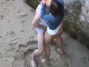 Imagen Pillados cogiendo en la playa, muy excitante!