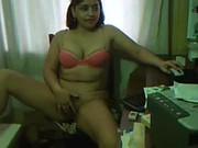 Imagen Otra mexicana cachonda dedeandose en la oficina
