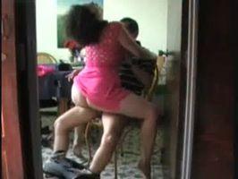 Imagen Que chingon se mueve mi mujer al montarme