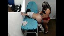 Imagen Doctora lesbiana complaciendo a su paciente