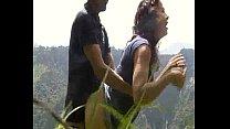 Imagen Dandole gusto a una culona en la montaña