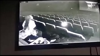 Imagen Sexo en el cine y pillados por la camara de seguridad