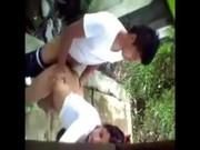 Imagen Graba a pareja joven cogiendo atras de su casa